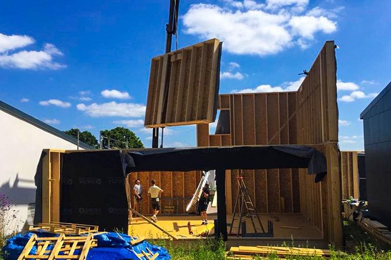 maison-bois-construction-charpente
